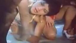 Horse porn винтажный зоопорно интим кинофильмчик с возбужденным лошадкой